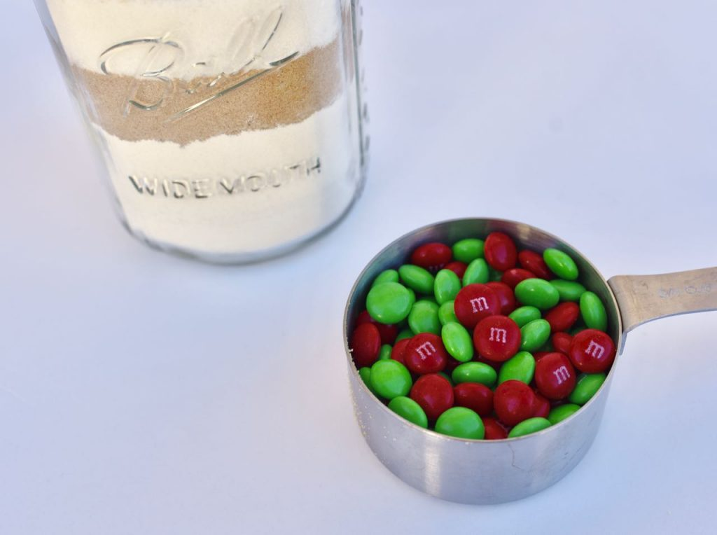 M&M's cookie mix in a mason jar gift. A simple and easy holiday gift idea!