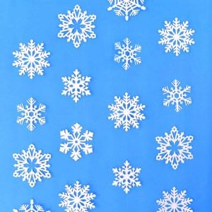 Snowflake Hanging Decorations to Turn Your Home Into a Winter Wonderland