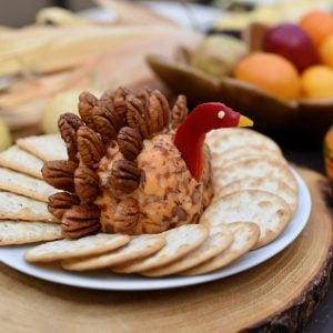 Thanksgiving Table & Turkey Cheese Ball Recipe
