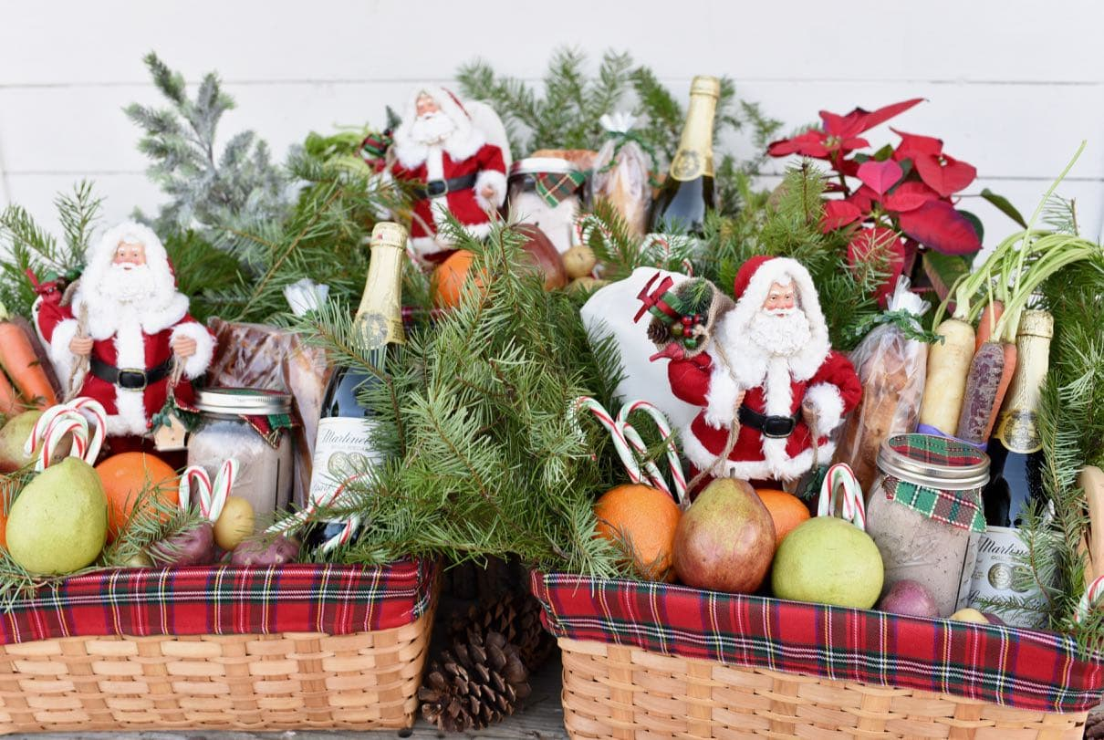 Christmas Gift Baskets and Helping Others this Season - Make Life Lovely