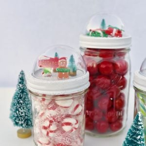 Snow Globe Mason Jar Toppers for Holiday Giving and Decorating