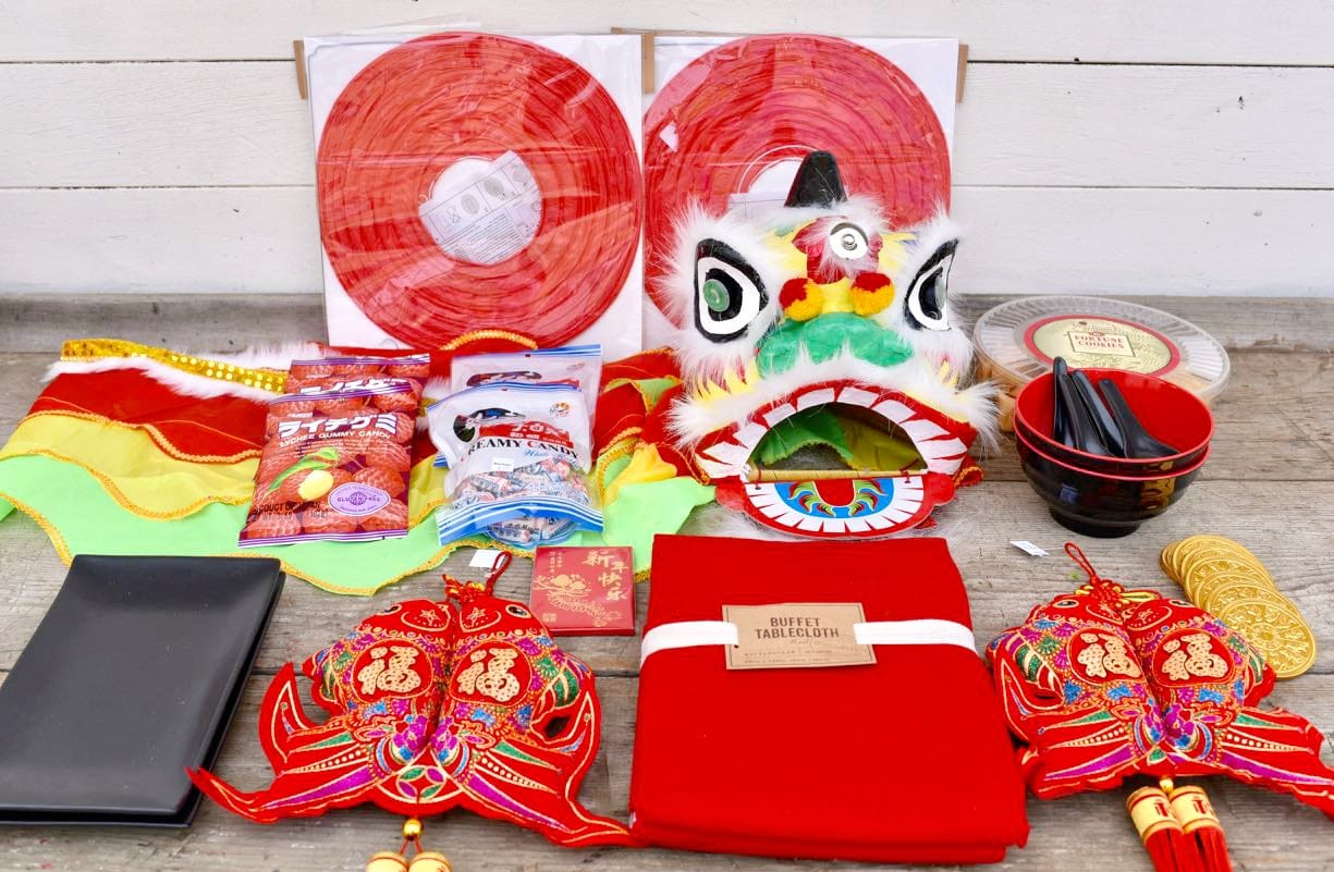 How to Plan a Gorgeous Chinese New Year Party - Make Life ...