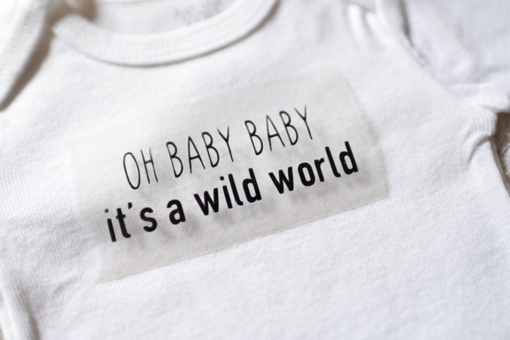 Cricut iron on onesie for newborn baby tutorial