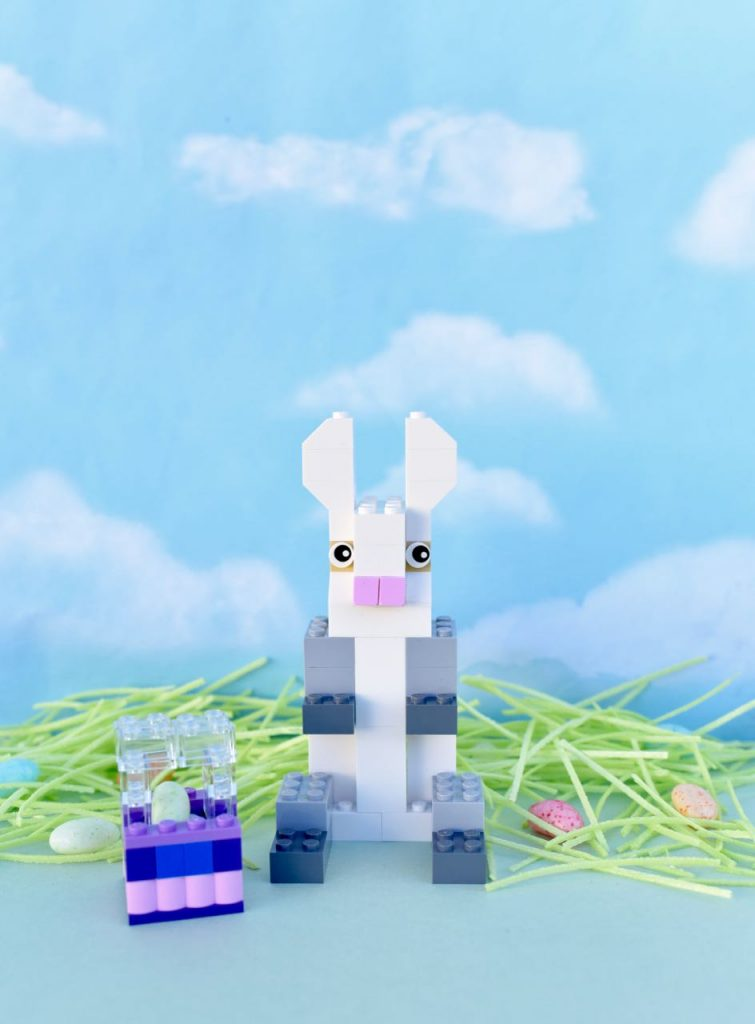 DIY LEGO Easter bunny figure with LEGO Easter basket