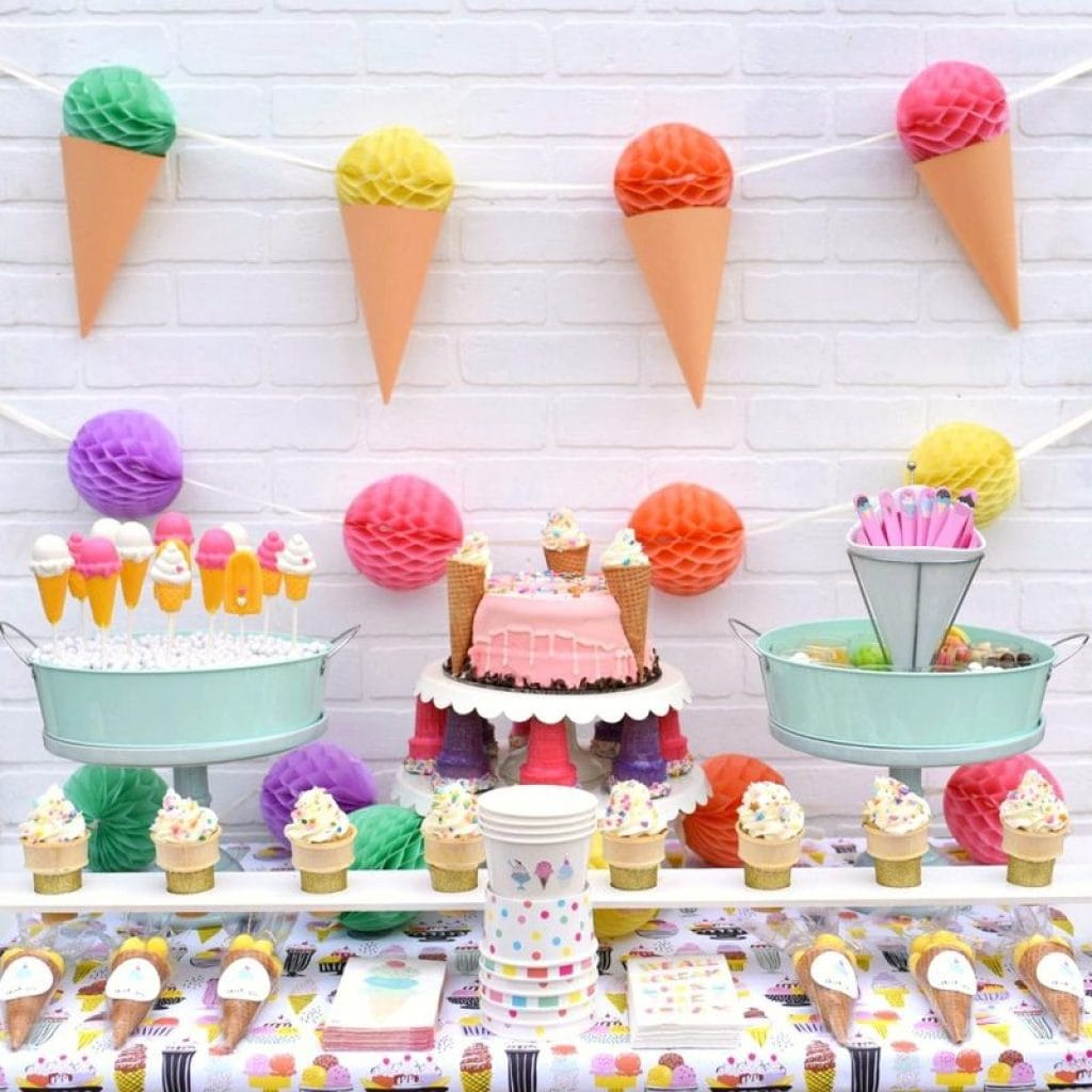 Ice cream party with Cricut