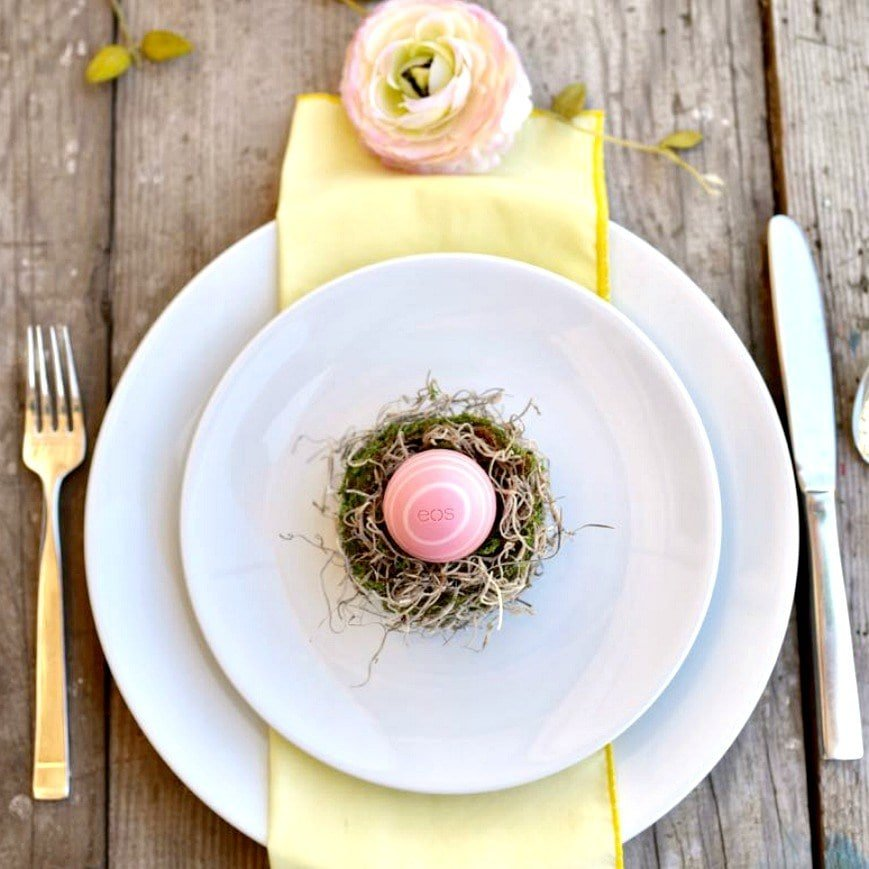 Mini Easter nest place setting and Easter favor