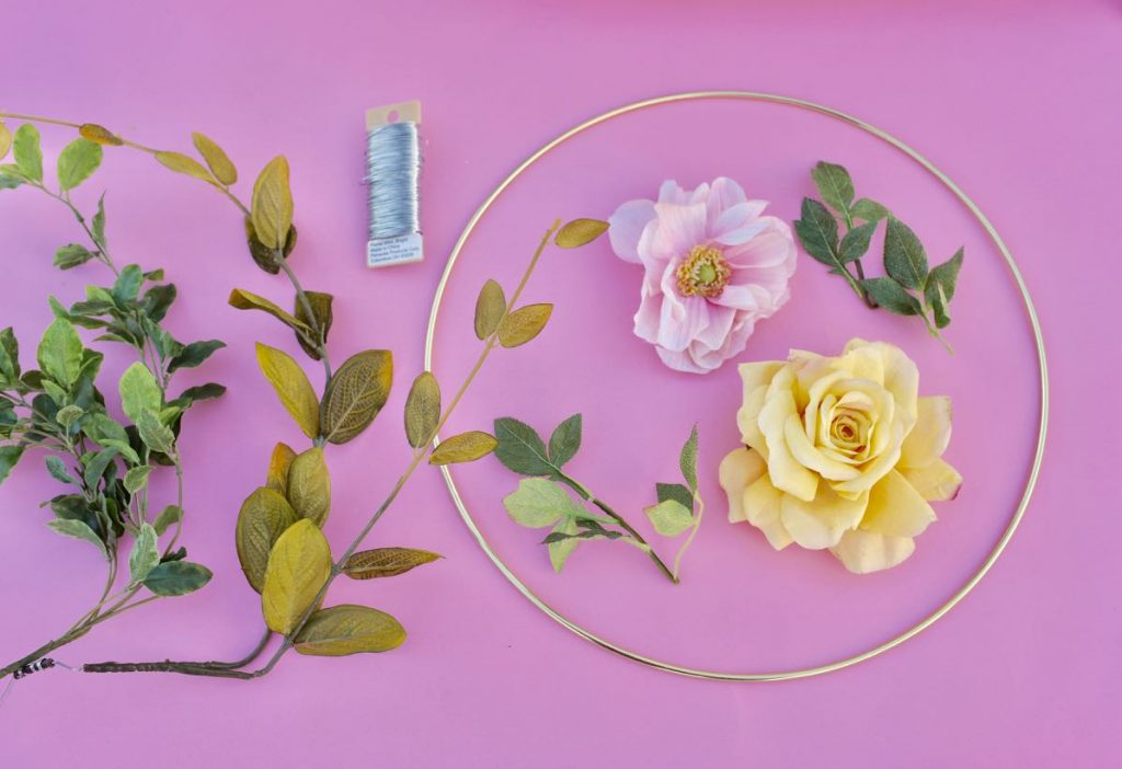 Floral hoop wreath tutorial and supplies