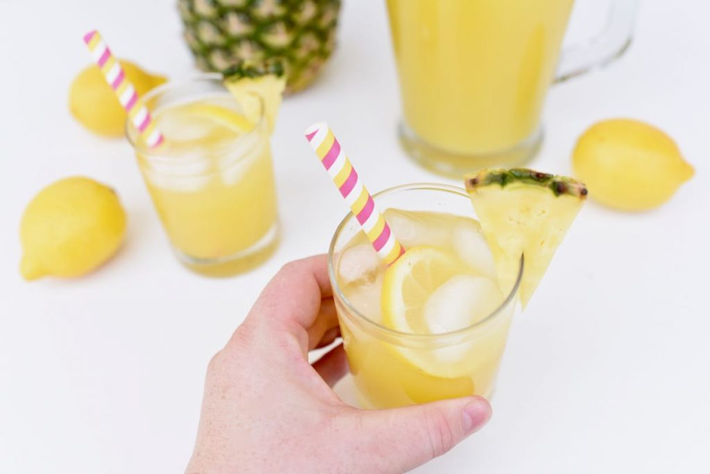 Pineapple lemonade recipe all natural with honey and fresh pineapple