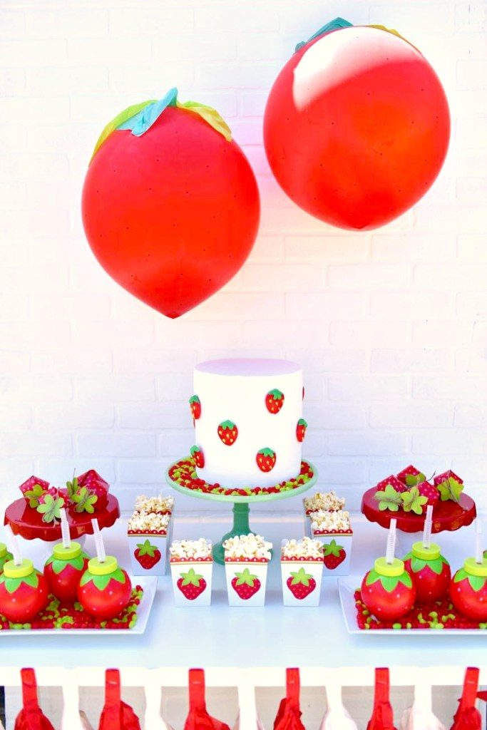 Strawberry-party-ideas.-Cute-girls-party-or-summer-party-idea