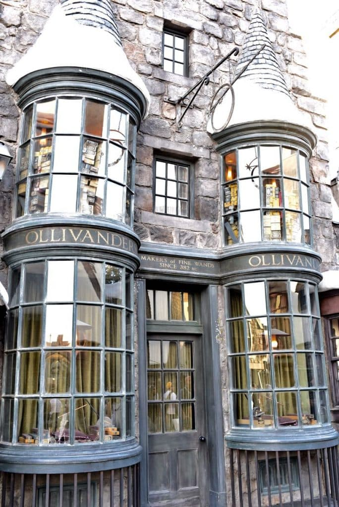 Ollivanders Wand Shop and Top 10 things to do at Universal Studios Hollywood