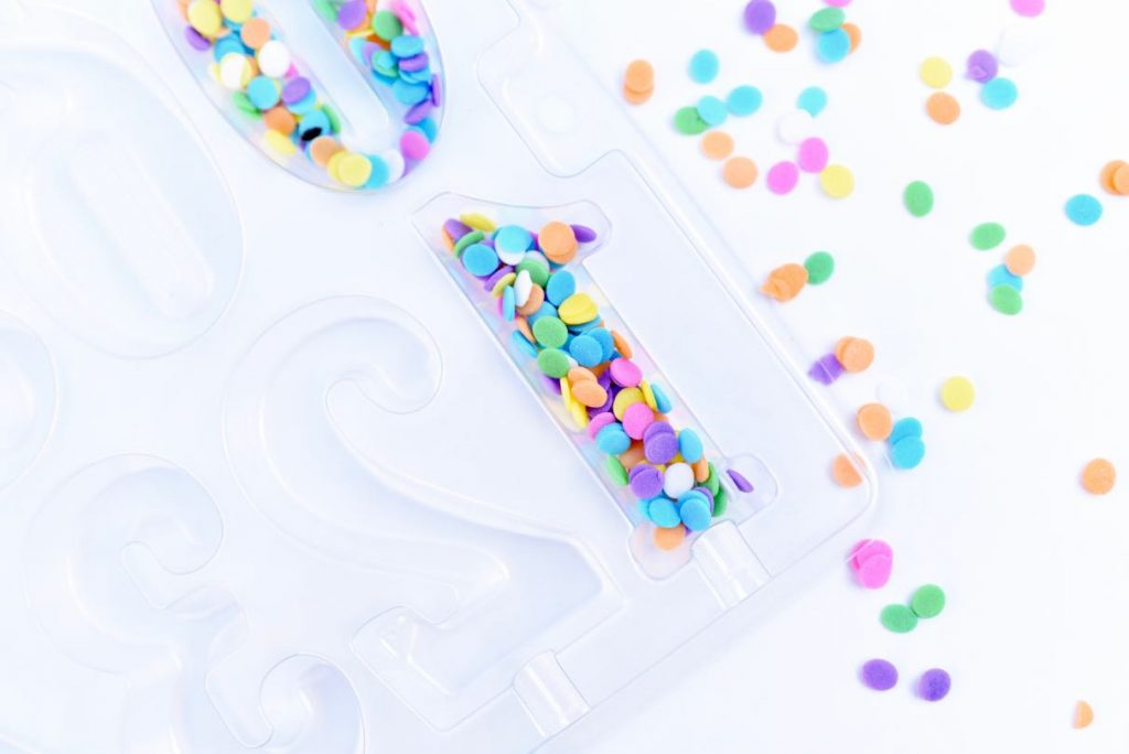Chocolate cake topper with sprinkles tutorial