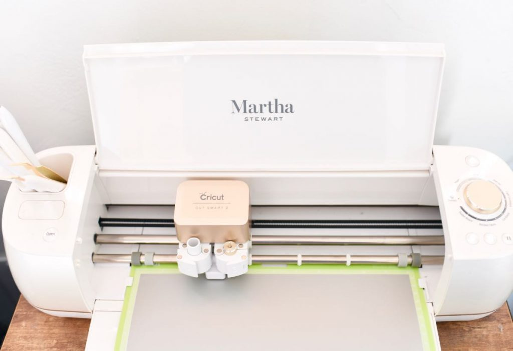 Cricut Explore Air 2 Special Edition, Martha Stewart Bundle