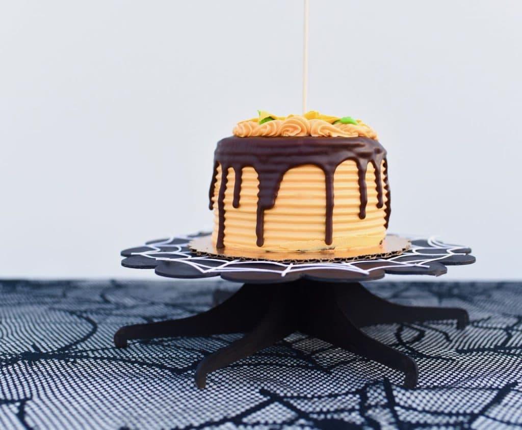 DIY cake plate