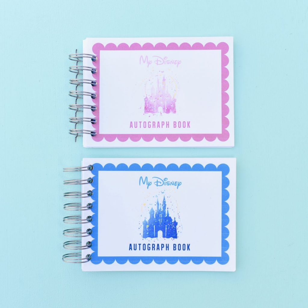 Disney autograph book DIY. Make your own Disney autograph book for LESS with this free printable! This DIY Disney autograph book is a great way to save money and is perfect for Disneyland and Disney World vacations!