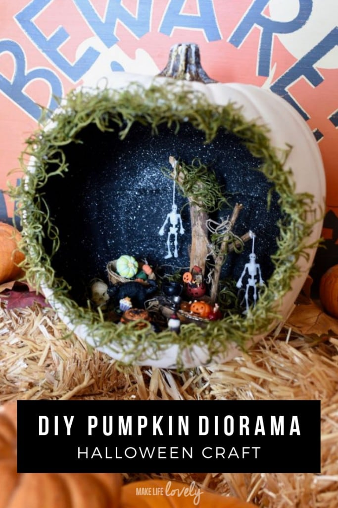 Make a spooky pumpkin diorama! This easy Halloween craft is the perfect Halloween craft for kids and adults alike.