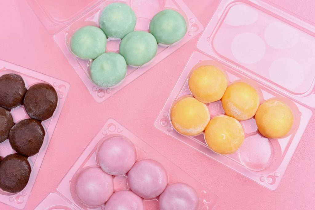 What is mochi ice cream? Learn all about this trendy delicious dessert!