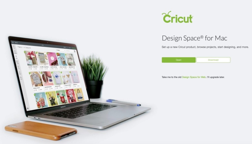 computer with Cricut projects