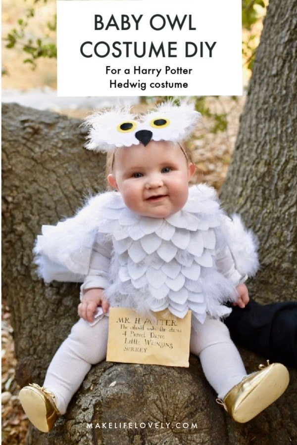 Make a baby owl costume or Harry Potter Hedwig costume with this simple tutorial! This darling baby Halloween costume is no sew and can be made with or without a Cricut machine.