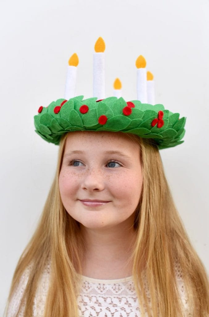 Make a beautiful St. Lucia crown from felt with this simple tutorial.
