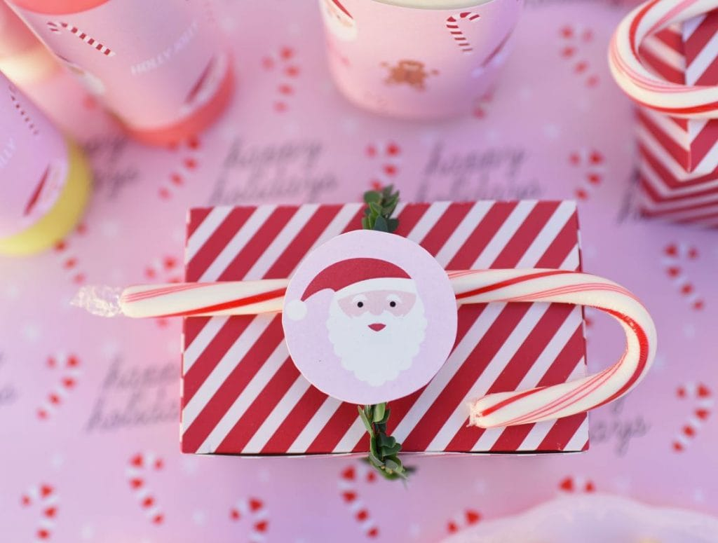 Christmas cookies decorating party + FREE printables