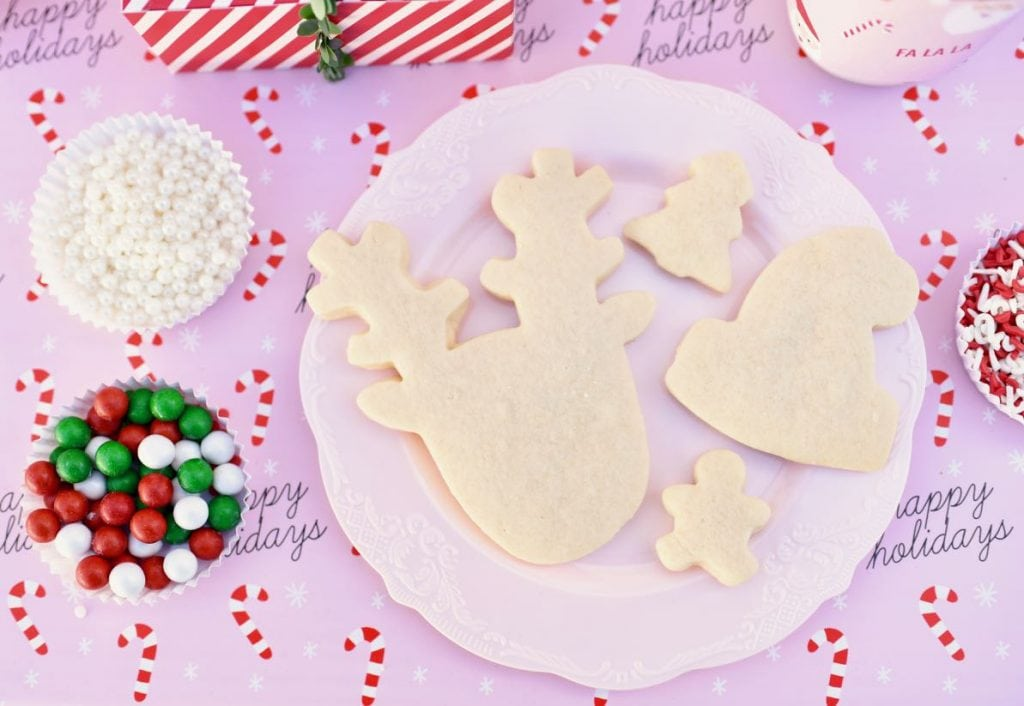 Kids Christmas cookie decorating party