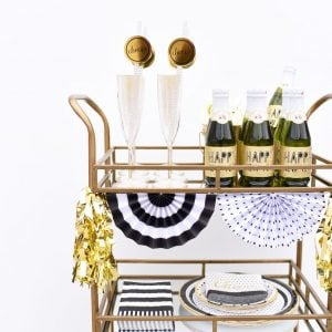 Host a Fabulous {and Easy} New Years Eve Party with Cricut
