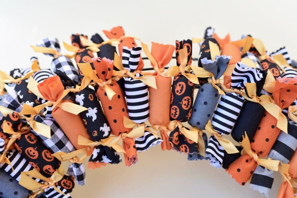 Easy Halloween wreath DIY