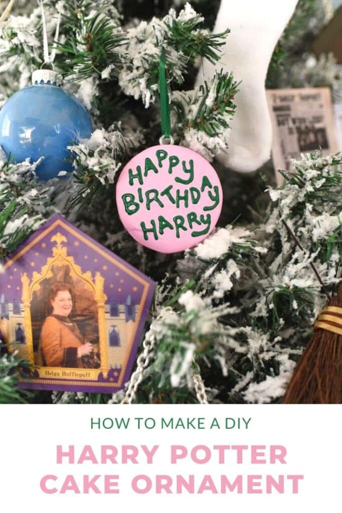 How to make DIY Harry Potter cake ornament for your Christmas tree