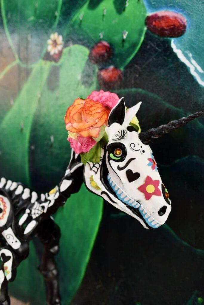 Dia de Los Muertos animal skeleton