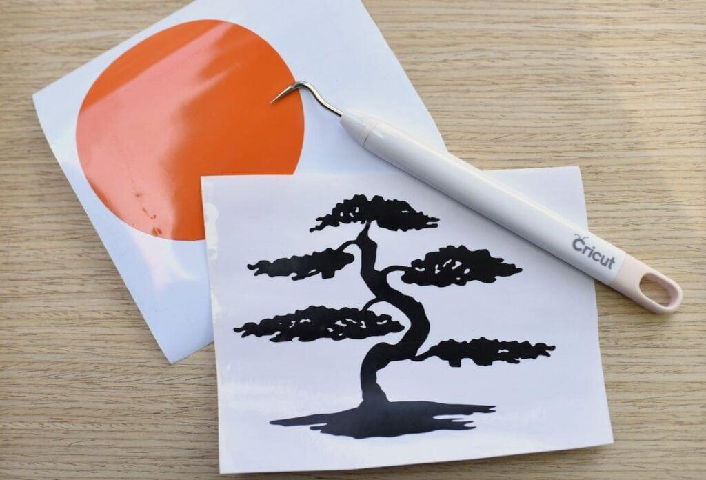 Cricut weeding tool with vinyl designs