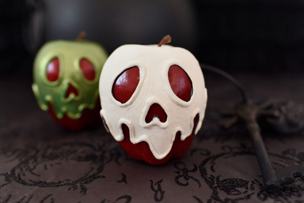 white and green poison apples