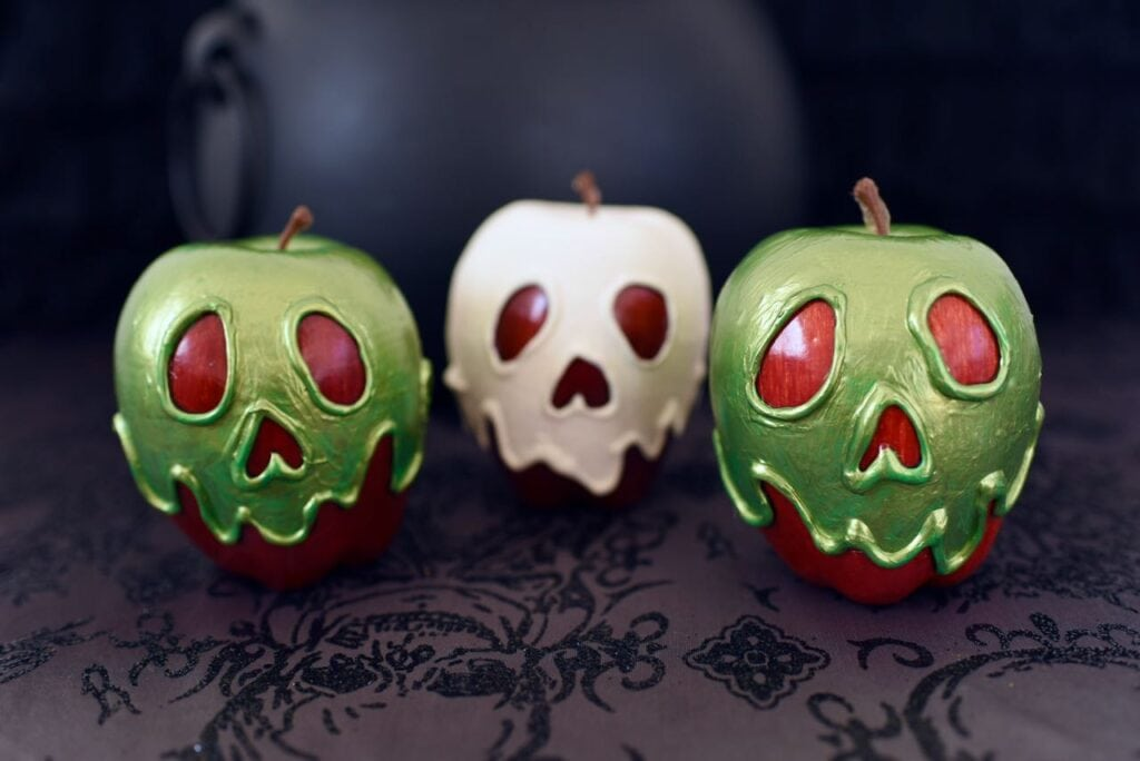 green and white poison apples