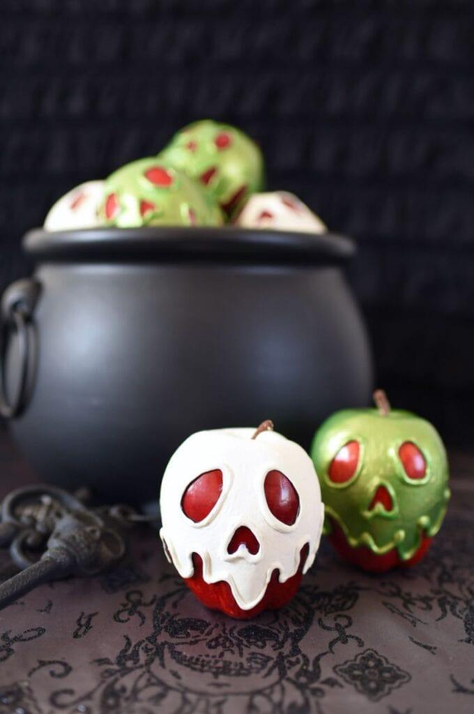 Snow White apples by cauldron