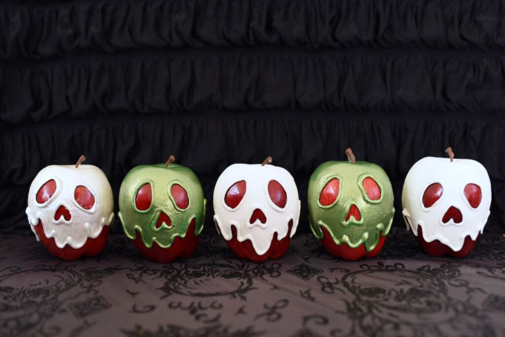 poison apples in a row